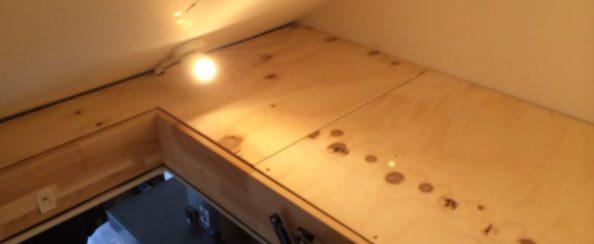 Vliering boven keuken foto 7